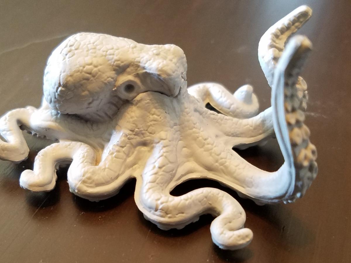 An octopus miniture