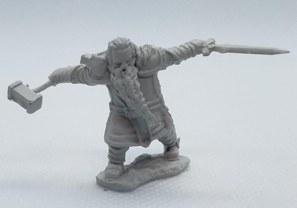 WizKids Dwarf warrior, D&D miniature.