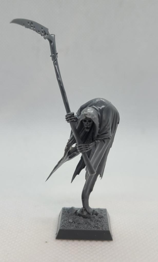 Unpainted warhammer reaper mini