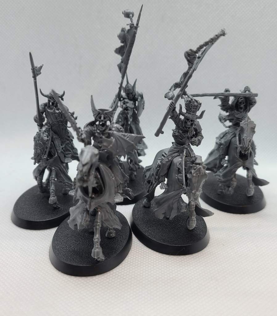 Unpainted Warhammer black knights and hexwraiths